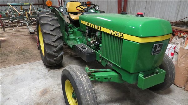 FARM EQUIP. AUCTION – RALPH & MARILYN BROMM